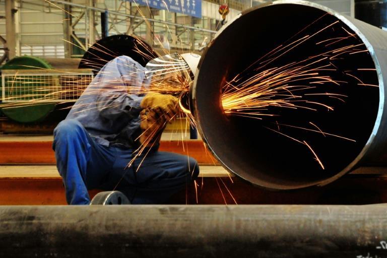 EU hits China, Russia with steel anti-dumping duties