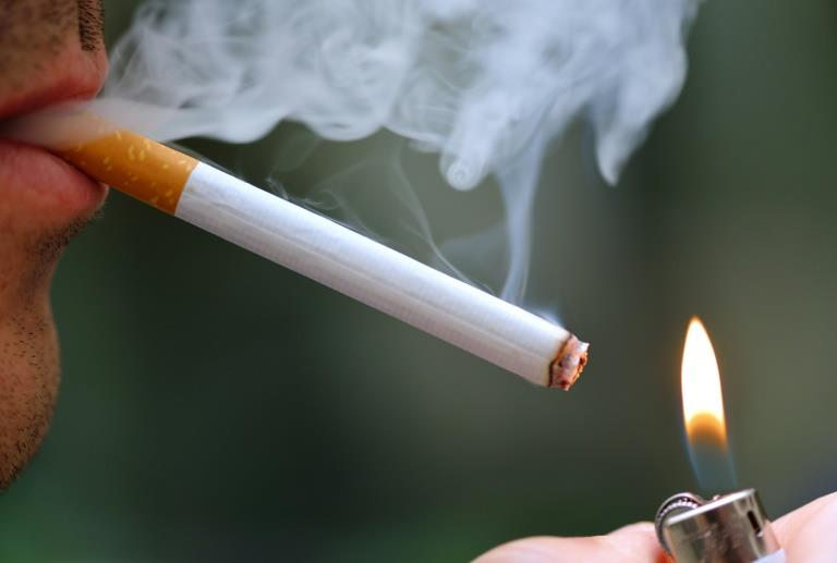 Young Smokers At More Than 8-Fold Risk Of Heart Attack