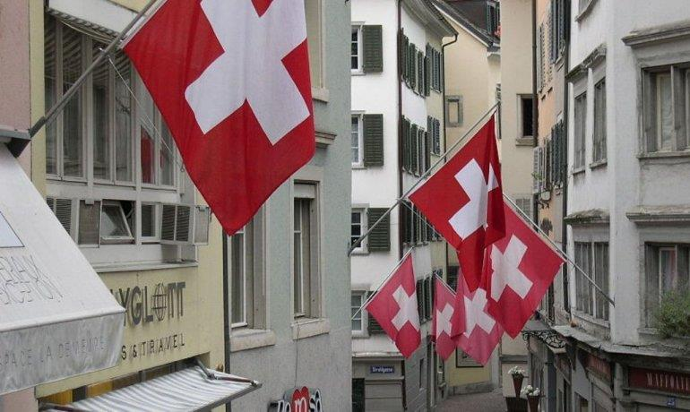 Switzerland limits work permits for Romanians, Bulgarians